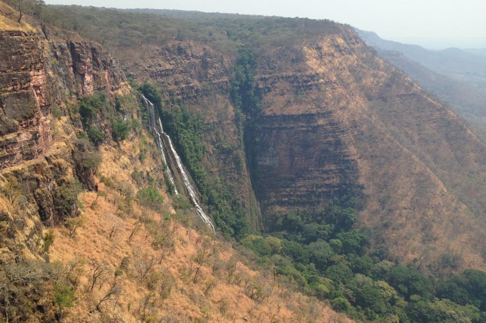 (August) Our second visit to the nearby Tshilongo waterfall, about a 2-hour drive through the bush, in the middle of the dry season