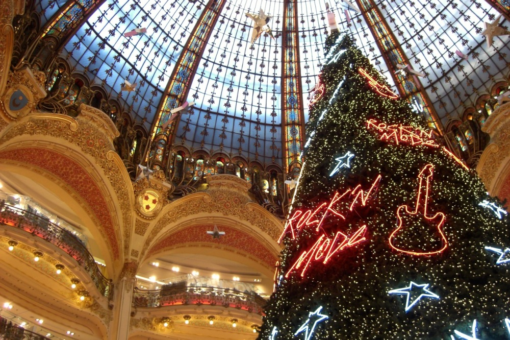 Dec 2011: shopping at Galeries Lafayette