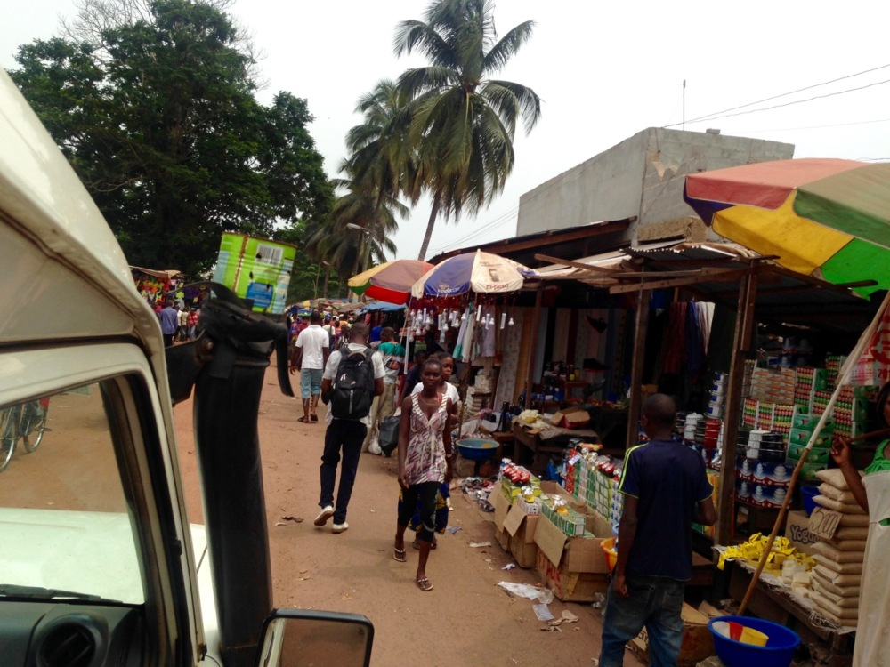 A vivid, bustling market (and a repurposed can of powdered milk)